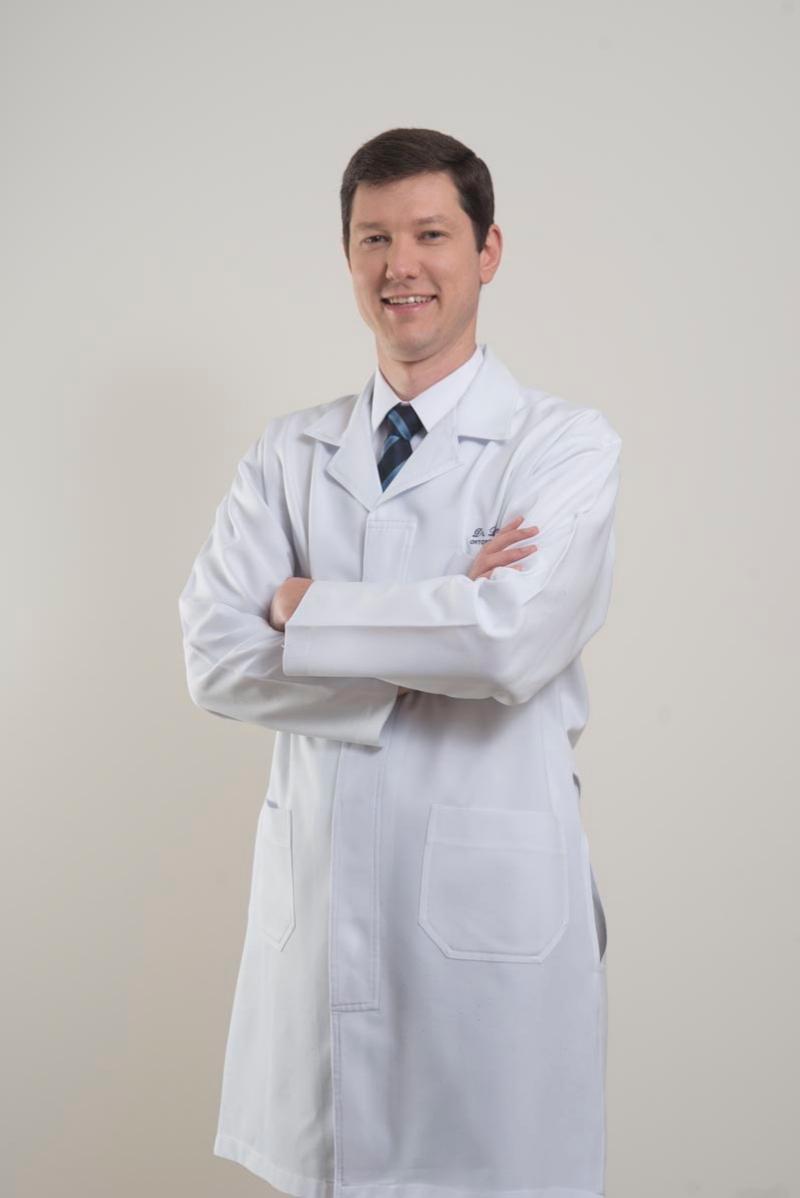 Dr, Leandro Becker