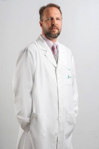 Dr Roberto Luis Schwanke