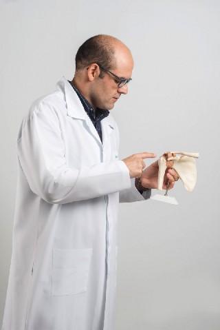 Dr Thiago V Buges