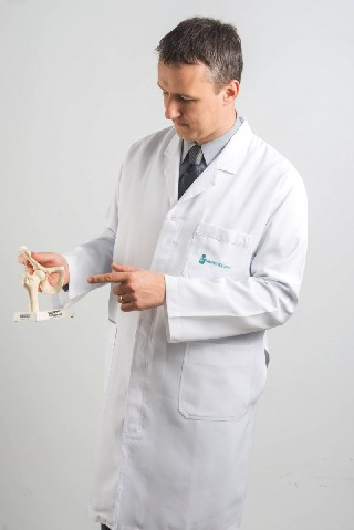 Dr Carlos Daniel Bolze