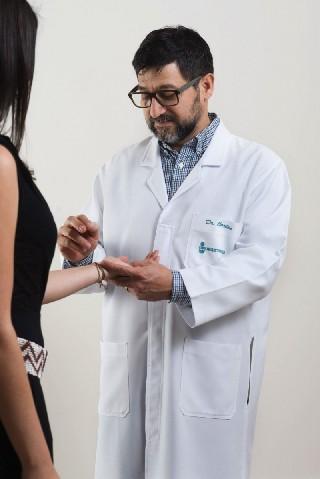 Dr. Carlos Eduardo Forero Perea